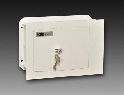SafeTronics ST 14 M kulcsos Faliszéf